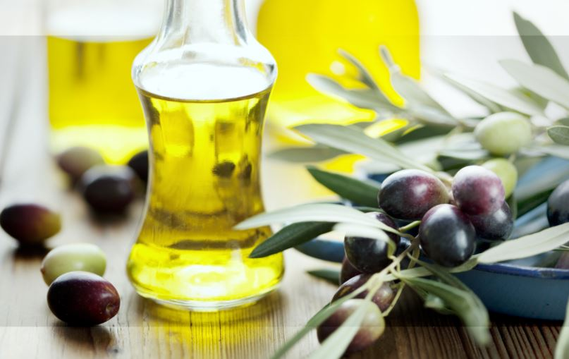 Dry skin home treatments - olive oil