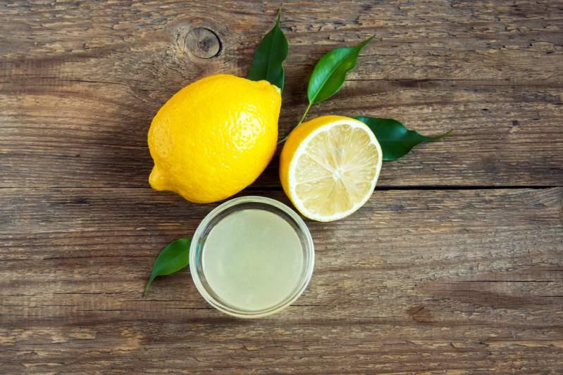 Lemon juice skin lightener